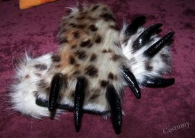 Armwarmers 'Clawed' by Costumy