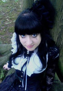 Gothic Lolita by AbArTick
