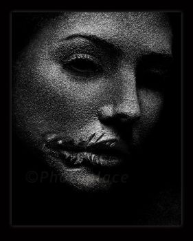 pained in darkness by photoplace
