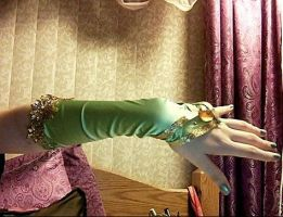 Rydia WIP glove by Ms-Catastrophie