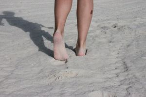 Sandy Feet by Maniacal-Toaster