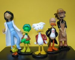 Callous comic strip characters by Dinuguan