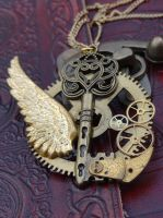 Steampunk golden key by Hiddendemon-666