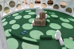 Inside Mega Golf by botskey