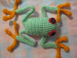 crochet treefrog by random-obsession13