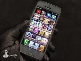 iPhone 5 by CoderAdenPhotographe