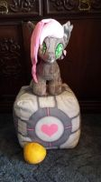 Best Companion Cube. by GlitterBell