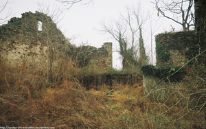 Jericho Road - Ruined building by seeker-of-revelation