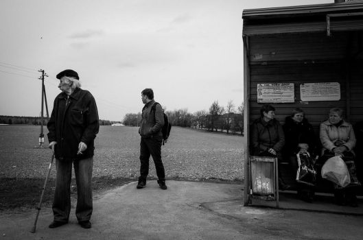Busstop by pivan
