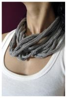 grey necklace by rosachicolate