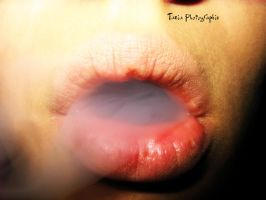 Smoke weed everyday by TaniaMPhotographie
