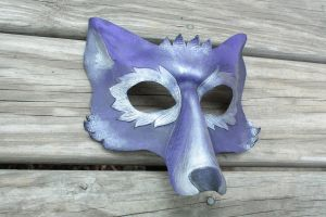lavender and silver wolf by SilverCicada