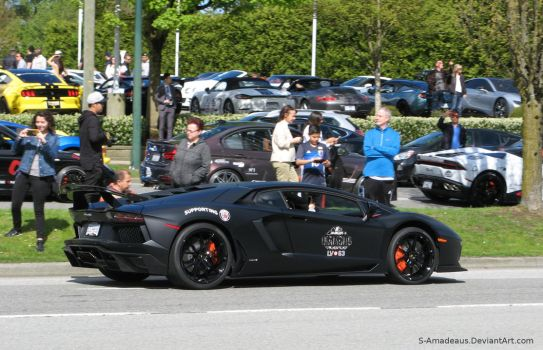 ''stealthy'' Aventador by S-Amadeaus