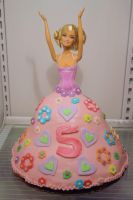 Barbie cake by Mab-overthrown