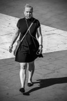 Women on the move 3/8 by attomanen