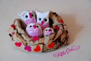 Owl love nest by AlulaDreamsArt