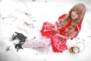 Red Riding Hood by elara-dark