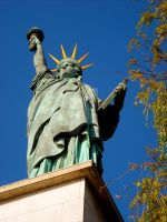 Liberty In Paris by John-Furie-Zacharias