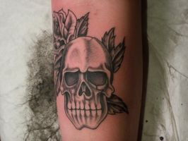 free hand skull by Nelson23163