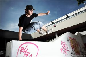 Parkour Test Shoot 2 by phothomas