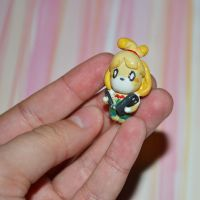Isabelle phone charm by Loreleiwave