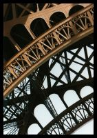 La Tour Eiffel - Detail by JuttaP