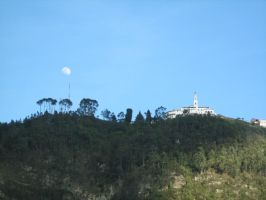 Moon on Monserrate by neslockheart