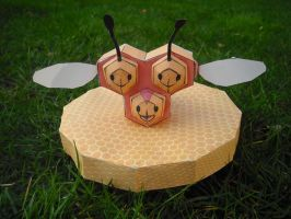 Combee papercraft by TimBauer92