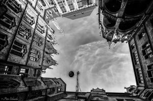 Upside down. by Phototubby