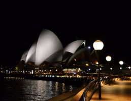 Sydney Opera House at night by honda-vfr