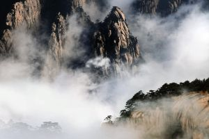Huang Shan Mountain-3 by SAMLIM
