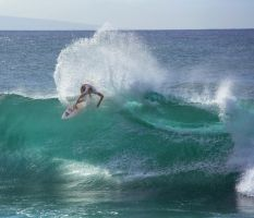 Maui Surf Comp by Bakisto
