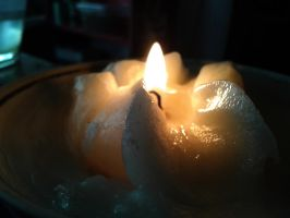 candle by beniukslis