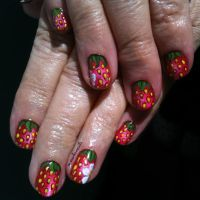 20130601 Strawberries 01 by m-everhamnails