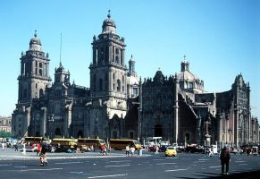 Church in Mexico City by OjosVerde