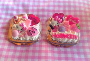 HELLO KITTY DECODEN CUTE CANDY COMPACT MIRROR by KAWAIIBOUTIQUE