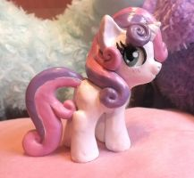 Sweetie belle clay by Pearlie-pie