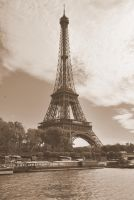 La tour Eiffel by black-ladybird