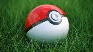 Pokeball on grass by Guile93