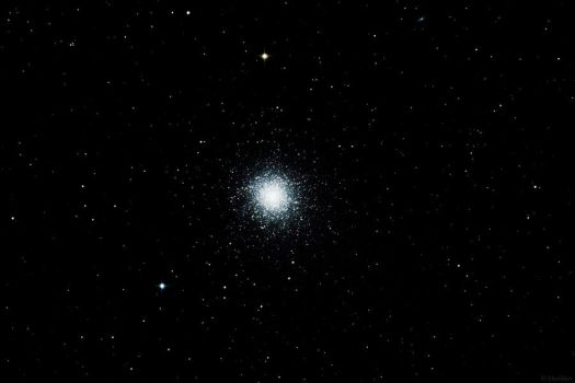 M13 - The Great Cluster in Hercules by Monikker