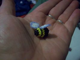 3d Beaded Bumblebee by screaminmimi79