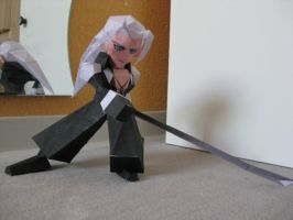 Sephiroth papercraft, photo by the-Adventurer-0815