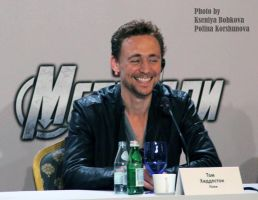 Tom Hiddleston. Loki. by kitsunesunny