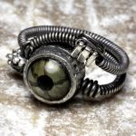 Steampunk Ring Reptile Eye SS by CatherinetteRings