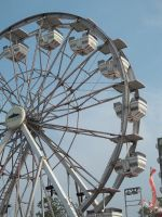 Fair Wheel 2 by Lilalria