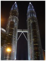 Petronas Towers by d3c0d3r