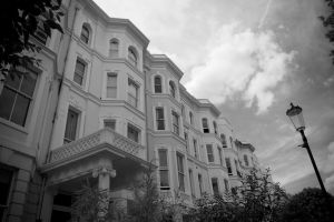 Notting Hill black and white by LunaticDesire