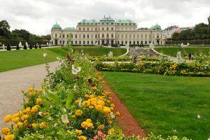Belvedere gardens - Vienna by wildplaces