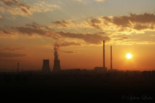 Industrial sunset by slecka