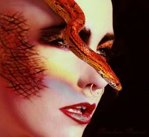 Serpentine by PorcelainPoet
